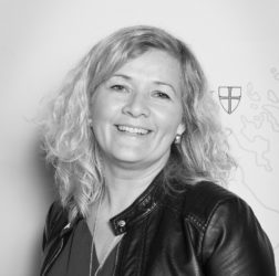 Bilde av Inger Marit Eira-Åhren, kursleder i Snåsa